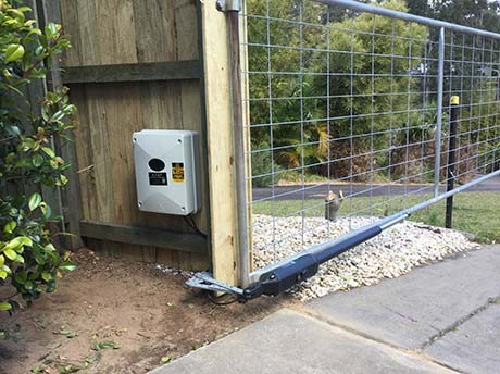 Solar powered Vector 500 installed on existing Gate
